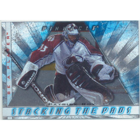 1997-98 BE A PLAYER - PATRICK ROY #4 STACKING THE PADS