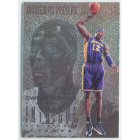 2012-13 Intrigue - Dwight Howard Intriguing Players Silver #94